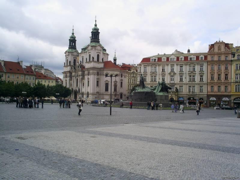 Старомеская площадь